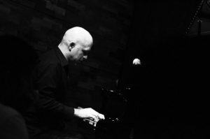 Gavin Ahearn teaches piano and jazz combo for adults at JWA